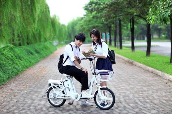 Xe đạp điện tiện ích