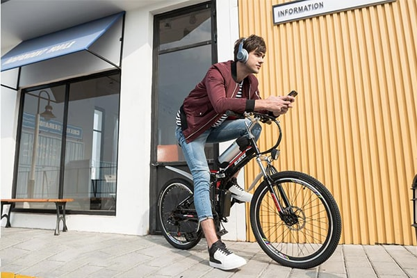 Lưu ý khi chọn mua xe đạp điện