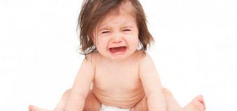 Những quan niệm sai lầm trong việc chăm sóc trẻ sơ sinh